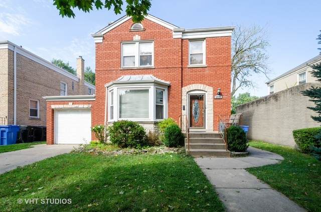 2938 W Pratt Boulevard, Chicago, IL 60645 (MLS #10970231) :: Helen Oliveri Real Estate