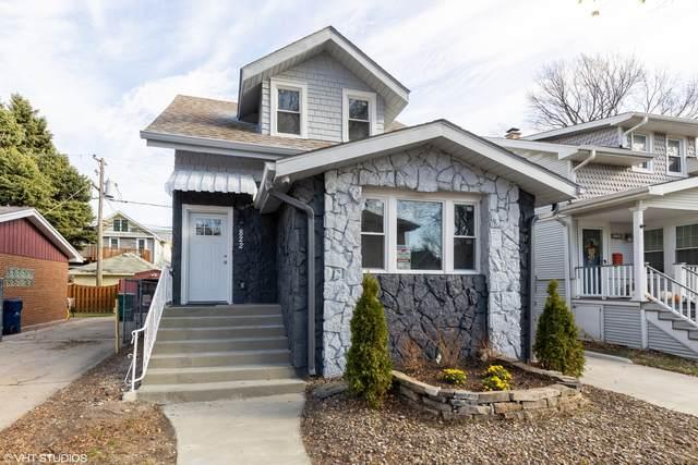 822 Carpenter Avenue, Oak Park, IL 60304 (MLS #10970259) :: Schoon Family Group
