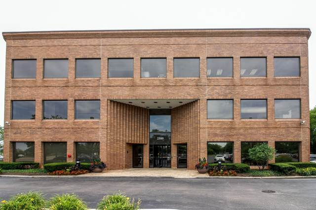 2500 S Highland Avenue #325, Lombard, IL 60148 (MLS #10970362) :: Jacqui Miller Homes