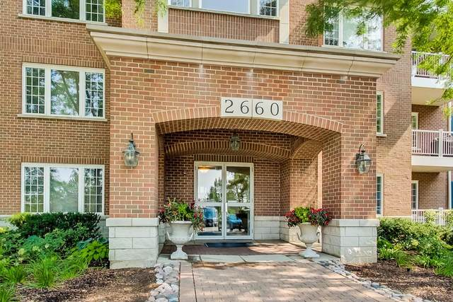 2660 Summit Drive #107, Glenview, IL 60025 (MLS #10970778) :: The Wexler Group at Keller Williams Preferred Realty