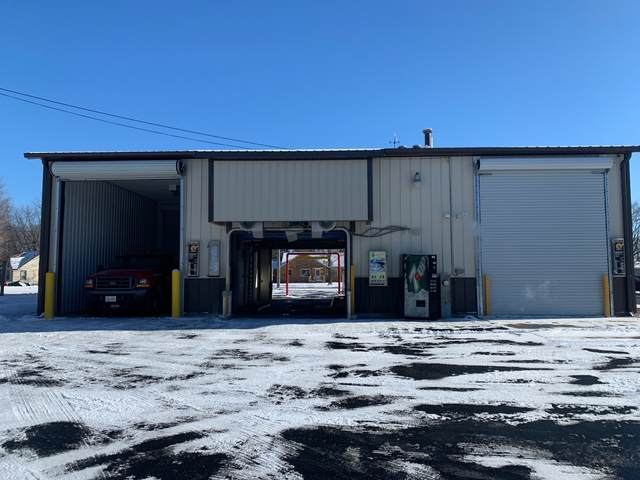 911 S Logan Street, Lena, IL 61048 (MLS #10970933) :: The Wexler Group at Keller Williams Preferred Realty
