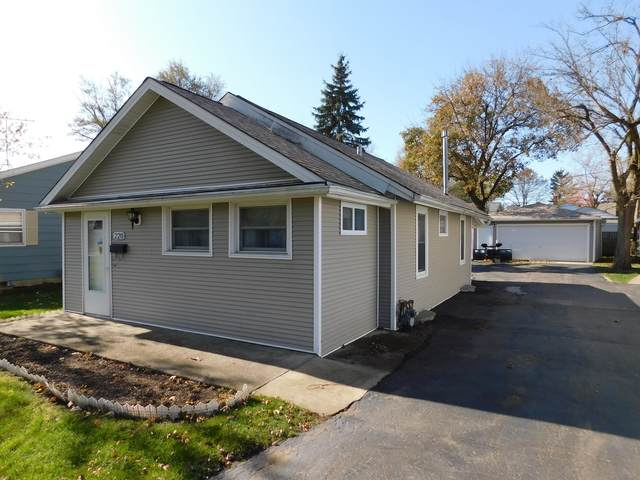 220 N Melrose Avenue, Elgin, IL 60123 (MLS #10970995) :: Schoon Family Group