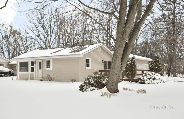 562 Gatewood Drive, Twin Lakes, WI 53181 (MLS #10971069) :: Janet Jurich