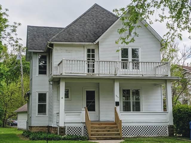 360 Augusta Avenue, Dekalb, IL 60115 (MLS #10971884) :: Schoon Family Group