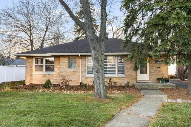 776 S York Street, Elmhurst, IL 60126 (MLS #10972008) :: Jacqui Miller Homes