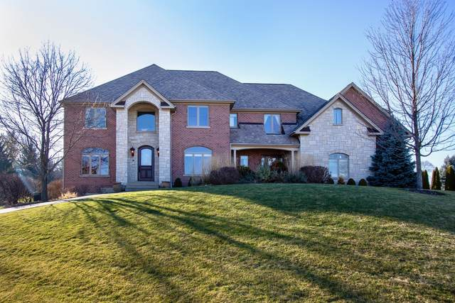 2 Oriole Court, Hawthorn Woods, IL 60047 (MLS #10972253) :: Helen Oliveri Real Estate