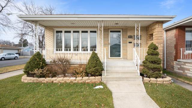 6058 S Narragansett Avenue, Chicago, IL 60638 (MLS #10972448) :: The Spaniak Team