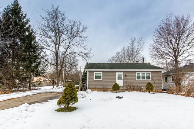 38132 N Manor Avenue, Beach Park, IL 60087 (MLS #10972707) :: The Spaniak Team