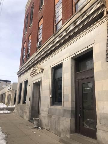 28 W Main Street, Freeport, IL 61032 (MLS #10972810) :: The Perotti Group