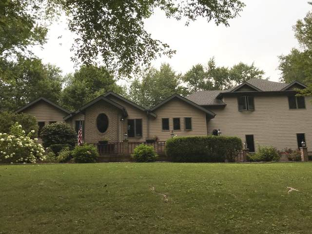 8 Birchwood Lane, St. Anne, IL 60964 (MLS #10972856) :: Schoon Family Group