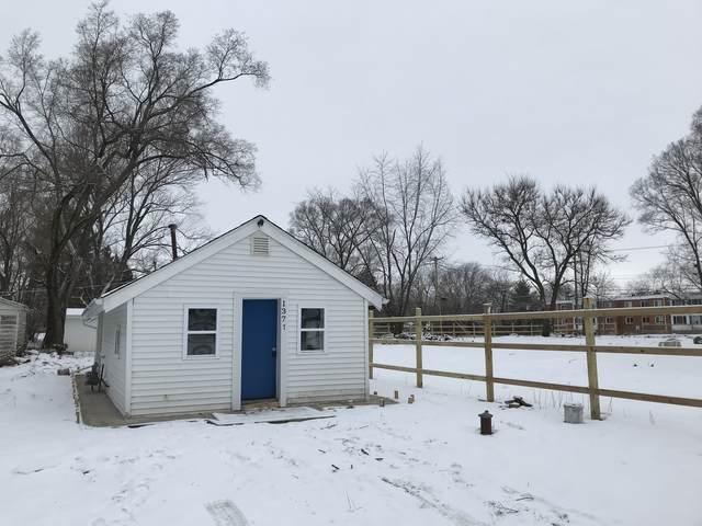 1377 Pearl Street, Aurora, IL 60505 (MLS #10973396) :: Helen Oliveri Real Estate
