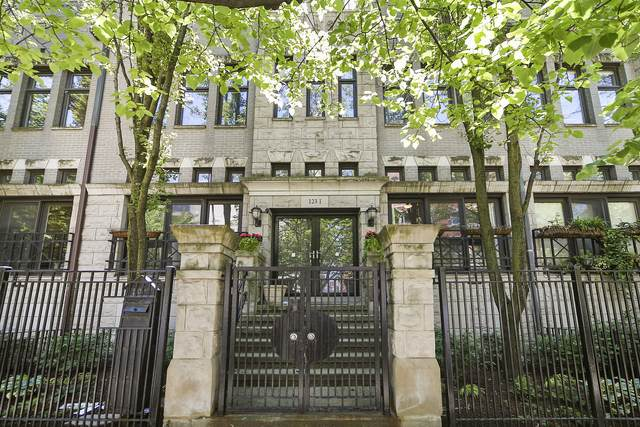 123 W Oak Street I, Chicago, IL 60610 (MLS #10973639) :: John Lyons Real Estate