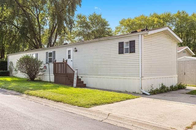 209 Spruce Drive, Belvidere, IL 61008 (MLS #10973704) :: Schoon Family Group