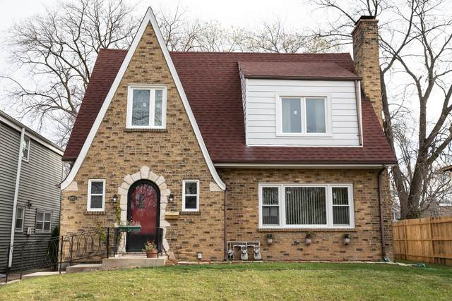 2021 Brown Avenue, Evanston, IL 60201 (MLS #10973810) :: Helen Oliveri Real Estate