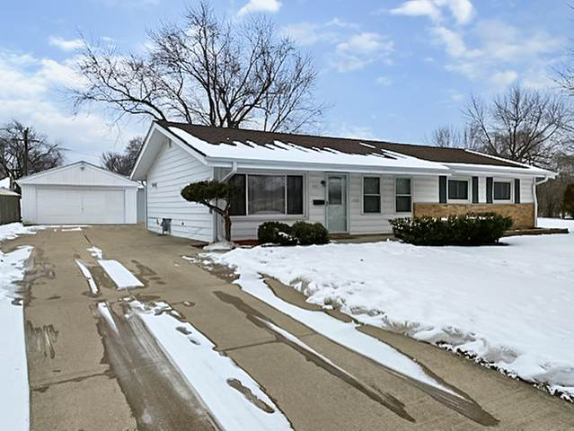 555 Maywood Lane, Hoffman Estates, IL 60169 (MLS #10973929) :: The Wexler Group at Keller Williams Preferred Realty