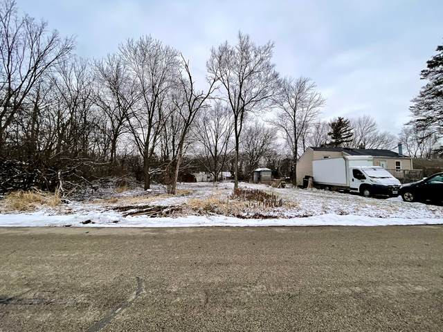 17W226 Oak #Red Lane, Bensenville, IL 60106 (MLS #10974633) :: Janet Jurich
