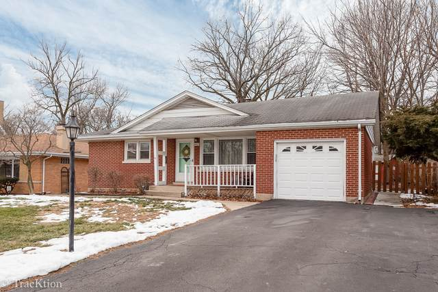 4902 Pershing Avenue, Downers Grove, IL 60515 (MLS #10974753) :: Helen Oliveri Real Estate
