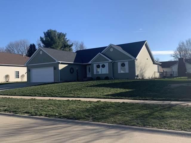 1303 Devonshire Drive, MONTICELLO, IL 61856 (MLS #10974883) :: Jacqui Miller Homes