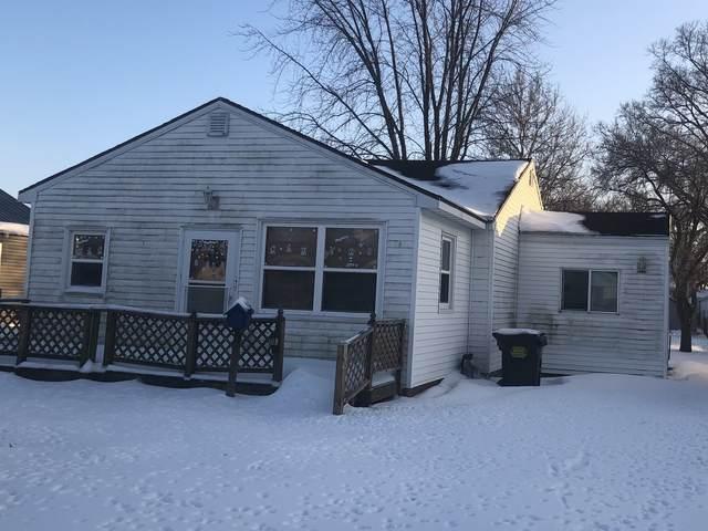 1203 W 17th Street, Rock Falls, IL 61071 (MLS #10975025) :: Suburban Life Realty