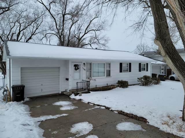 1308 10th Avenue, Rock Falls, IL 61071 (MLS #10975208) :: Suburban Life Realty
