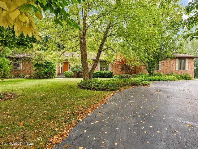 1689 Stratford Court, Lake Forest, IL 60045 (MLS #10975294) :: Ani Real Estate