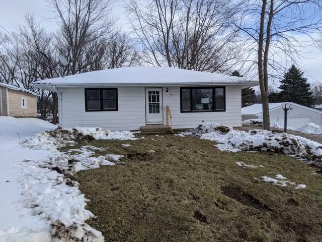 3334 Potter Street, Rockford, IL 61109 (MLS #10975365) :: Jacqui Miller Homes