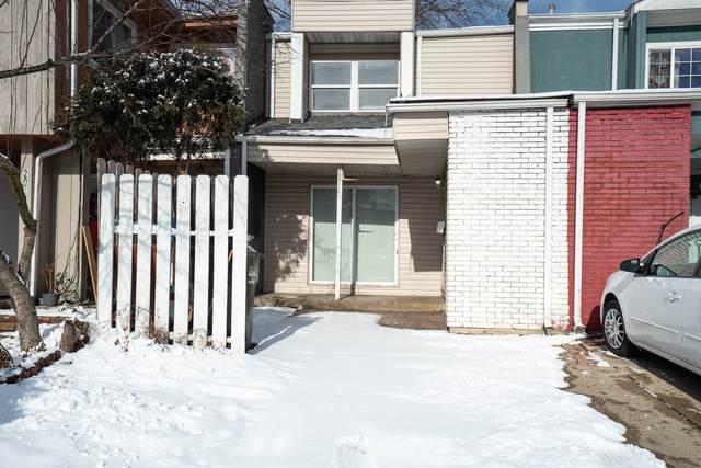 2014 Berkshire Circle G, Carpentersville, IL 60110 (MLS #10975678) :: Schoon Family Group