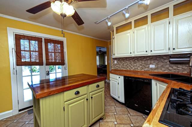 1608 Pleasant Avenue, Mchenry, IL 60050 (MLS #10976006) :: Janet Jurich