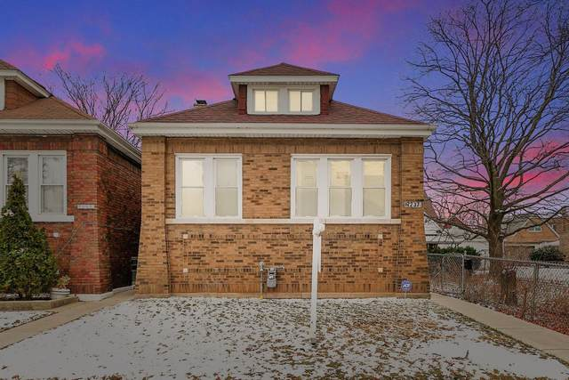 7237 S Maplewood Avenue, Chicago, IL 60629 (MLS #10976081) :: Janet Jurich