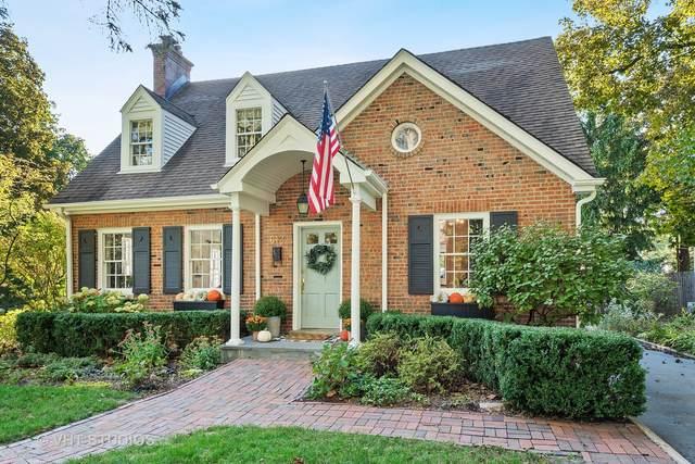 612 Sycamore Road, Barrington, IL 60010 (MLS #10976176) :: Jacqui Miller Homes