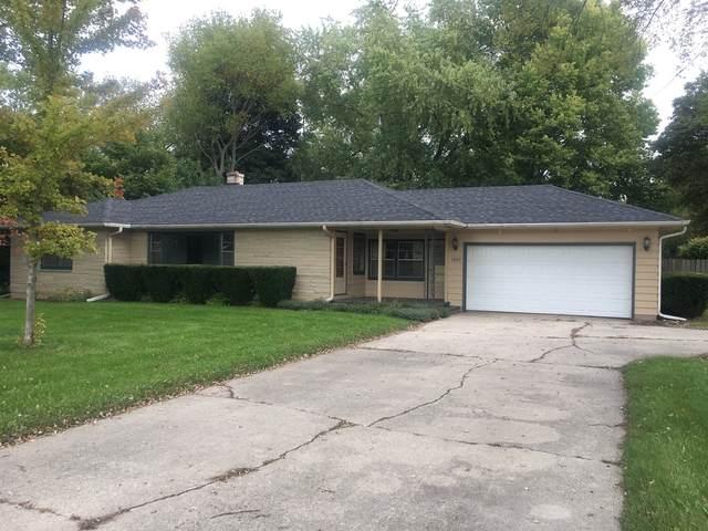 1920 S 4th Street, Dekalb, IL 60115 (MLS #10976304) :: Jacqui Miller Homes