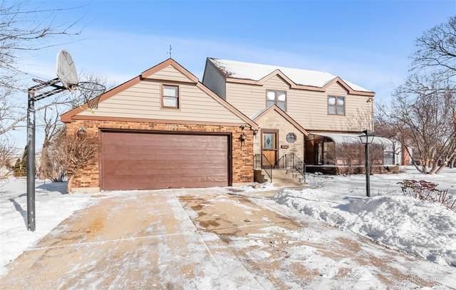 1300 Wolff Avenue, Elgin, IL 60123 (MLS #10976940) :: Suburban Life Realty