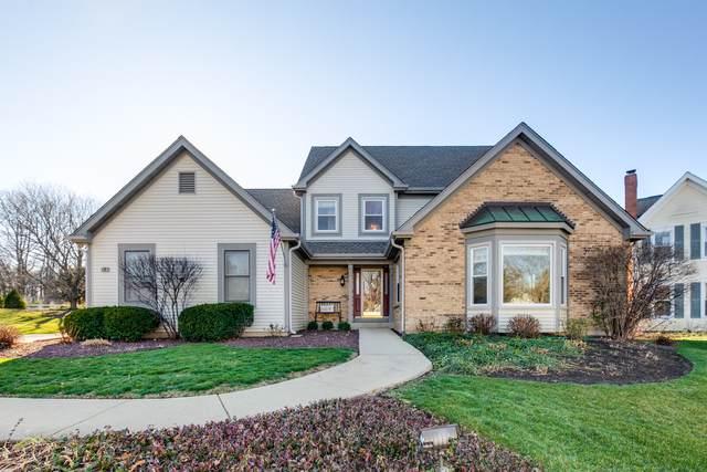 7 White Barn Road, Vernon Hills, IL 60061 (MLS #10977278) :: Helen Oliveri Real Estate
