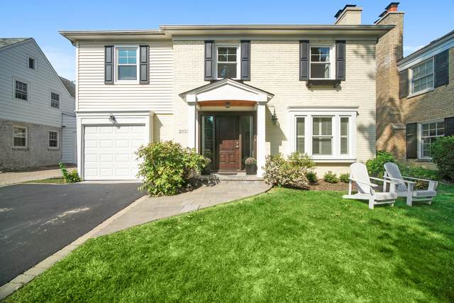 2132 Kenilworth Avenue, Wilmette, IL 60091 (MLS #10977587) :: Jacqui Miller Homes