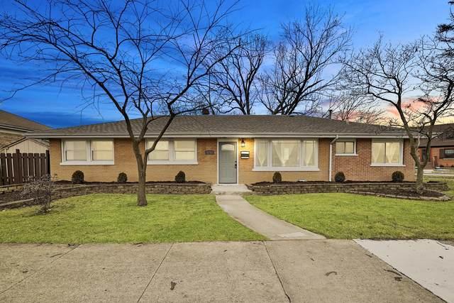 3251 Grand Boulevard, Brookfield, IL 60513 (MLS #10977643) :: Suburban Life Realty