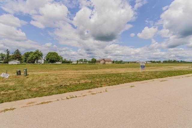 10 Boulder Drive, Carlock, IL 61725 (MLS #10977661) :: BN Homes Group
