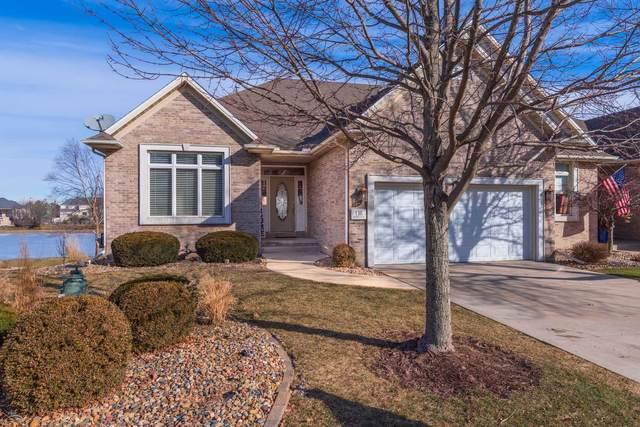 116 Hawthorne Lake Drive, Bloomington, IL 61704 (MLS #10978214) :: Janet Jurich