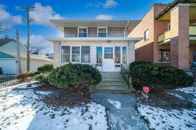2517 Prairie Street, Blue Island, IL 60406 (MLS #10978728) :: Schoon Family Group