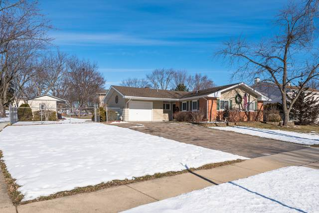 350 Frederick Lane, Hoffman Estates, IL 60169 (MLS #10979812) :: Schoon Family Group