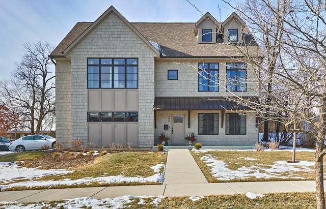 490 Newton Avenue, Glen Ellyn, IL 60137 (MLS #10980097) :: Schoon Family Group