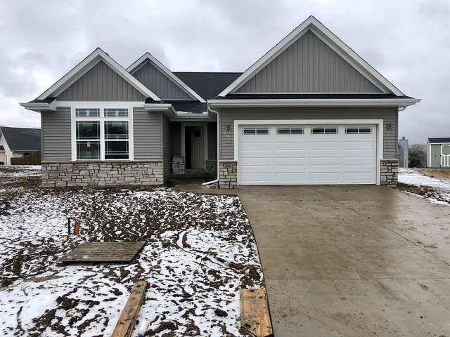 303 Red Bud Drive, Mahomet, IL 61853 (MLS #10980643) :: Jacqui Miller Homes