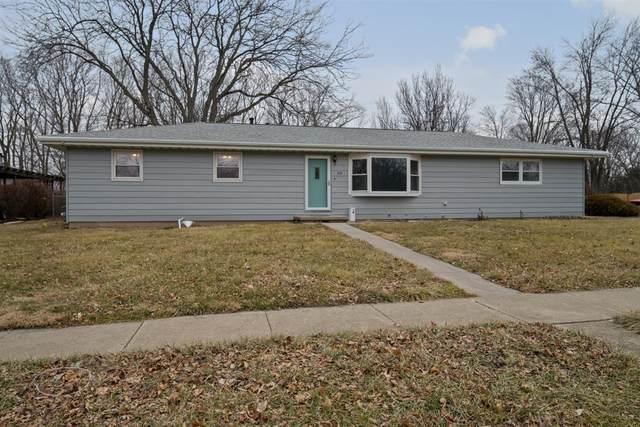 818 Sheridan Road, Normal, IL 61761 (MLS #10980807) :: The Dena Furlow Team - Keller Williams Realty