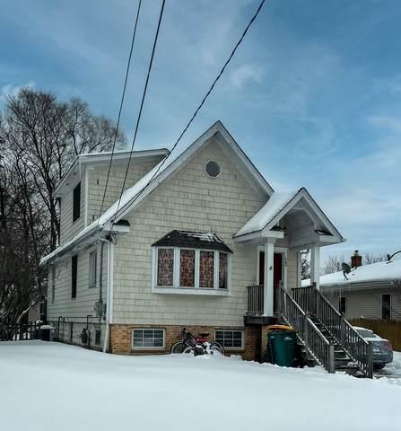 13 S Maple Avenue, Fox Lake, IL 60020 (MLS #10980992) :: The Dena Furlow Team - Keller Williams Realty