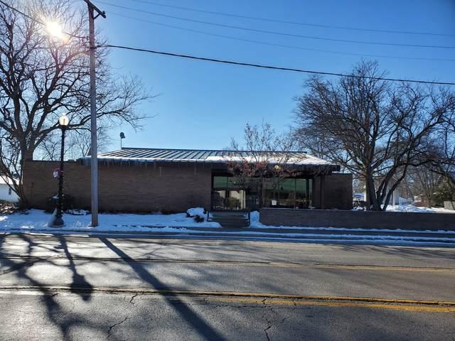 306 W Main Street, Kirkland, IL 60146 (MLS #10981069) :: Helen Oliveri Real Estate