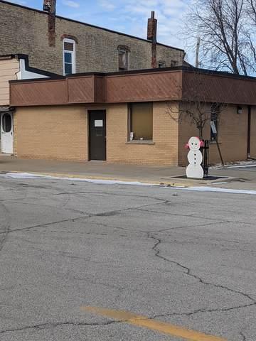 135 W Station Street, St. Anne, IL 60964 (MLS #10983270) :: The Dena Furlow Team - Keller Williams Realty
