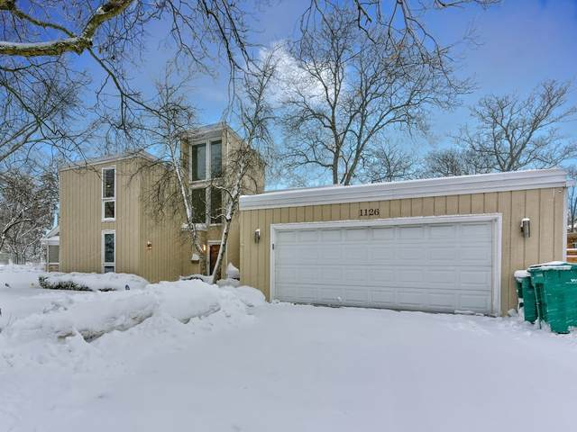 1126 Wincanton Drive, Deerfield, IL 60015 (MLS #10984301) :: The Dena Furlow Team - Keller Williams Realty