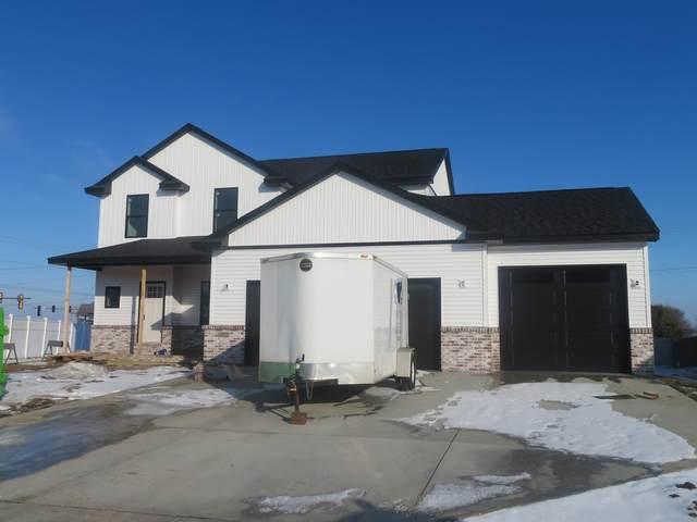 3902 Brookline Lane, Bloomington, IL 61705 (MLS #10985267) :: Jacqui Miller Homes