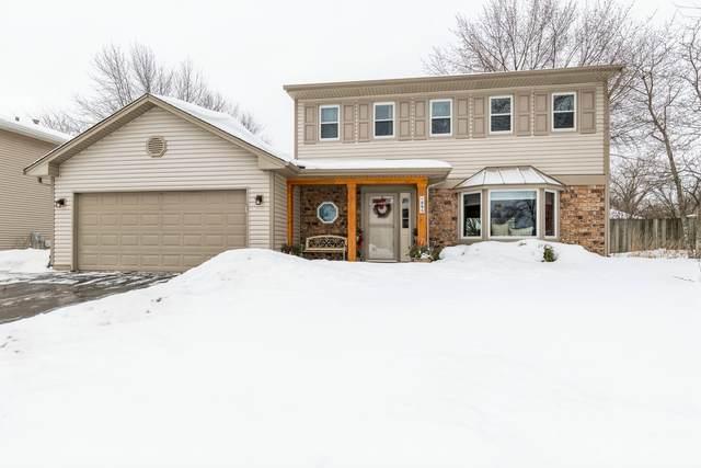 895 Stonehurst Drive, Roselle, IL 60172 (MLS #10987191) :: Jacqui Miller Homes