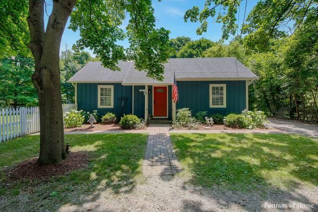 32W211 Glos Street, Wayne, IL 60184 (MLS #10988786) :: Helen Oliveri Real Estate