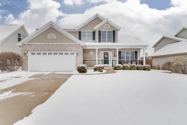2806 Longmeadow Lane, Bloomington, IL 61704 (MLS #10991114) :: Jacqui Miller Homes